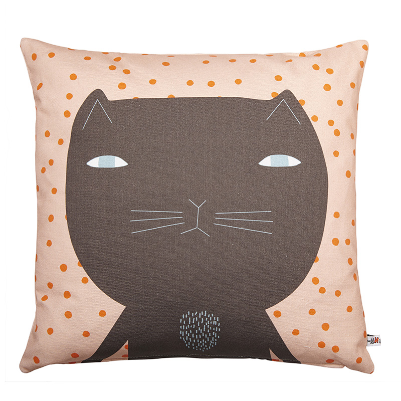 Intro-Cotton-Cushion---Cleo-Brown