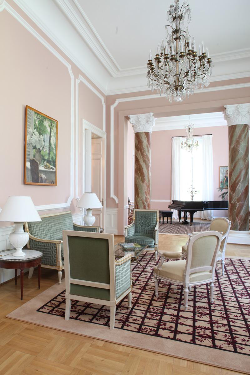 ambasada-salon-verde